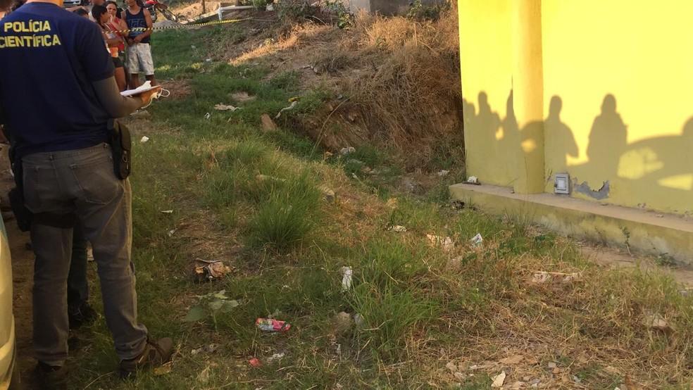 Local onde possível corpo foi encontrado — Foto: Mavian Barbosa/TV Asa Branca