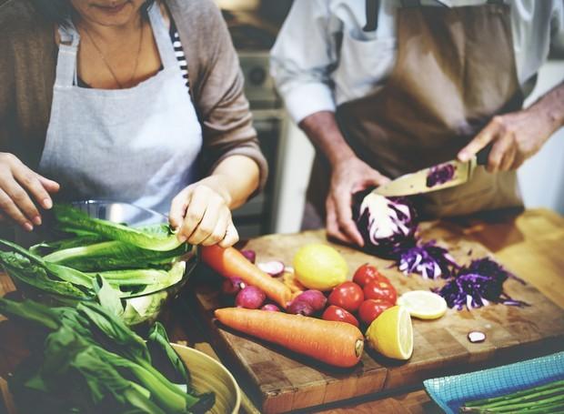 Como resistir a uma saladona colorida como essa? (Foto: Pinterest/Reprodução)
