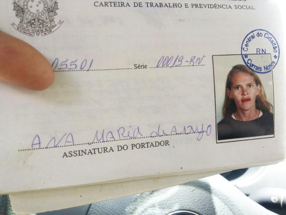 Vítima foi identificada como Ana Maria de Araújo  (Foto: PM/Divulgação)