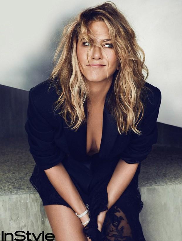 Jennifer Aniston (Foto: © Ben Hassett/ InStyle)