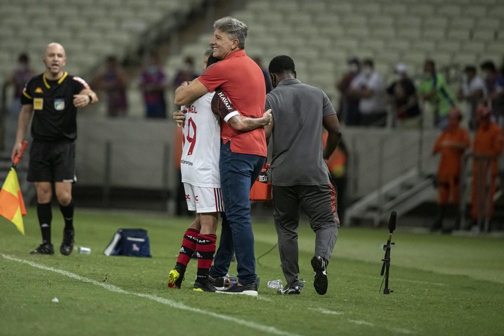 Renato e Michael no jogo do Flamengo no Castelão — Foto: Alexandre Vidal/Flamengo