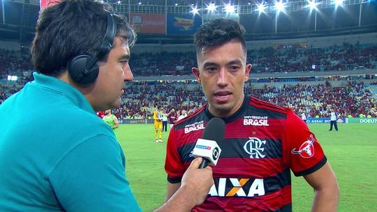 """Uribe diz que fez seu melhor jogo com a camisa do Flamengo: """"Precisava de um jogo assim"""""""