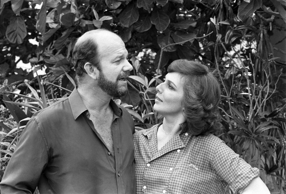 Cecil Thiré e Irene Ravache em 'Sol de verão' — Foto: Divulgação/TV Globo