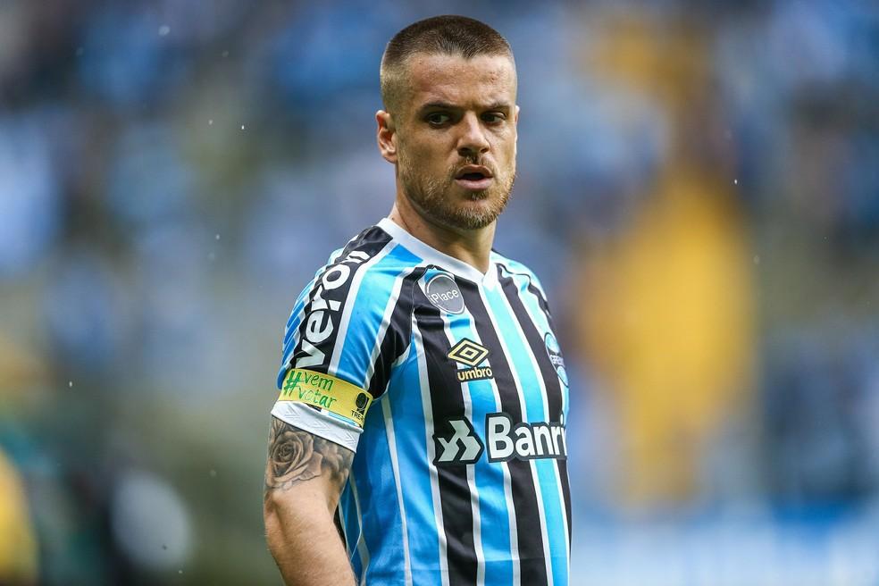 189580c059 ... Ramiro pode trocar o Grêmio pelo Corinthians — Foto  Lucas Uebel Grêmio  FBPA