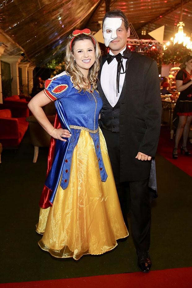Dony de Nuccio e Larissa Laibida (Foto: Manuel)