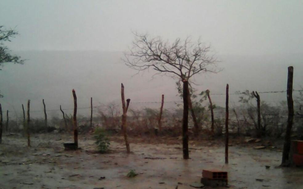 Instituto Nacional de Meteorologia emite alerta de temporal para Agreste e Sertão | Sergipe | G1