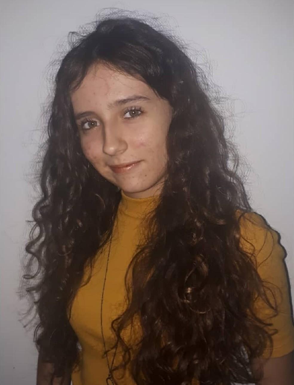 Rhayssa tem 18 anos e mora em Santos, no litoral de SP — Foto: Arquivo pessoal