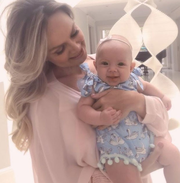 Eliana e a filha (Foto: Reprodução)