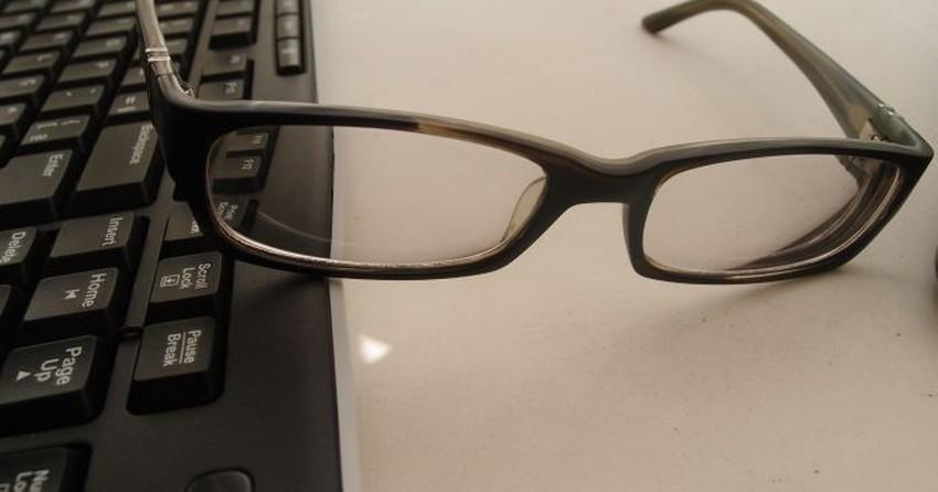 18693c063314c Vista cansada  Veja dicas para proteger os olhos do uso contínuo de PCs