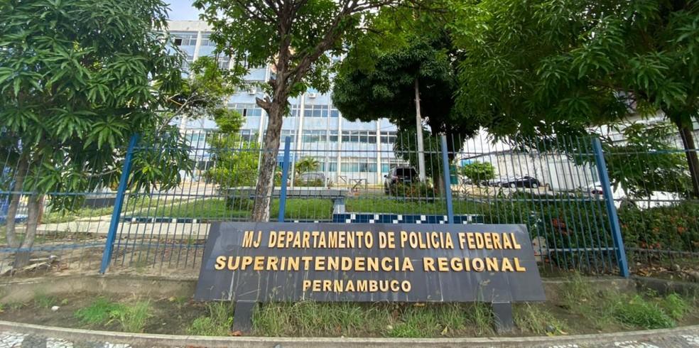 Sede da Polícia Federal em Pernambuco fica no Cais do Apolo, no Bairro do Recife — Foto: Pedro Alves/G1