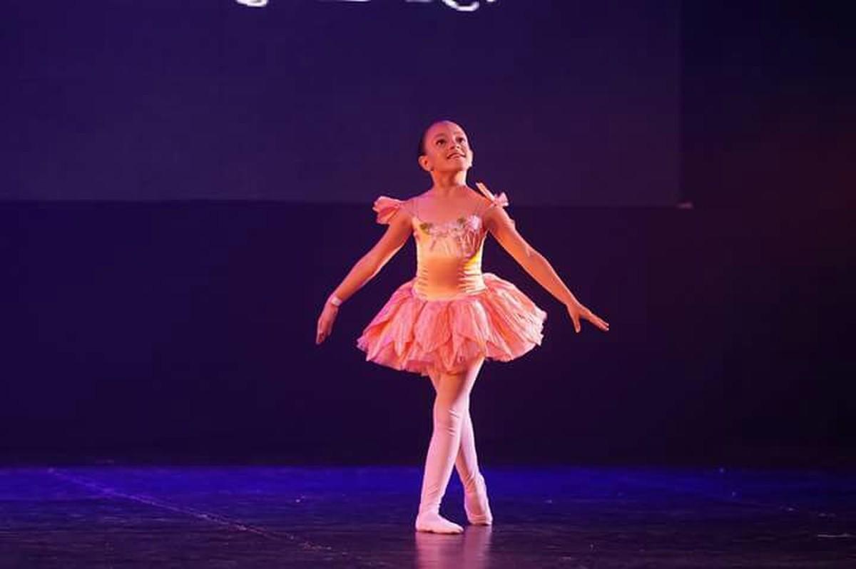 Theatro Vasques, em Mogi, recebe espetáculo de dança inspirado em 'Alice no País das Maravilhas'