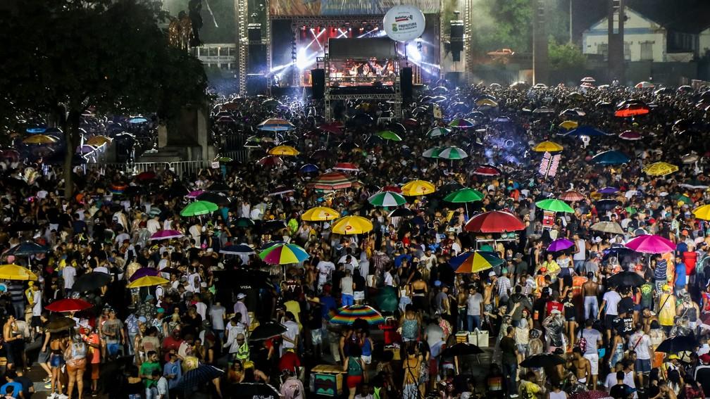 Palco da Praça da Estação no carnaval de 2017 — Foto: André Fossati/Belotur/Divulgação