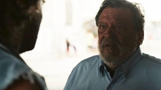 José Luis é perseguido por gangue após bandido ouvir conversa de Carolina