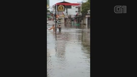 Chuvas em Macapá e Santana provocam alagamentos em diversos pontos das cidades