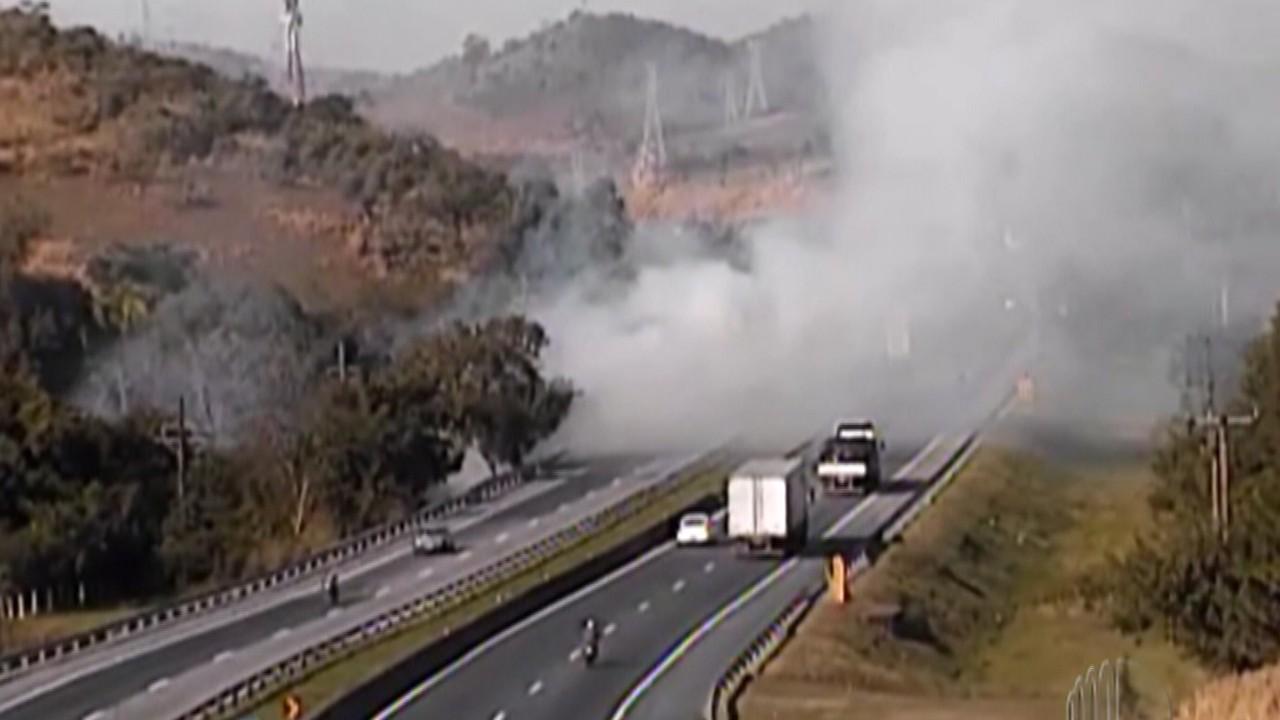 Concessionária alerta motoristas para risco de queimadas