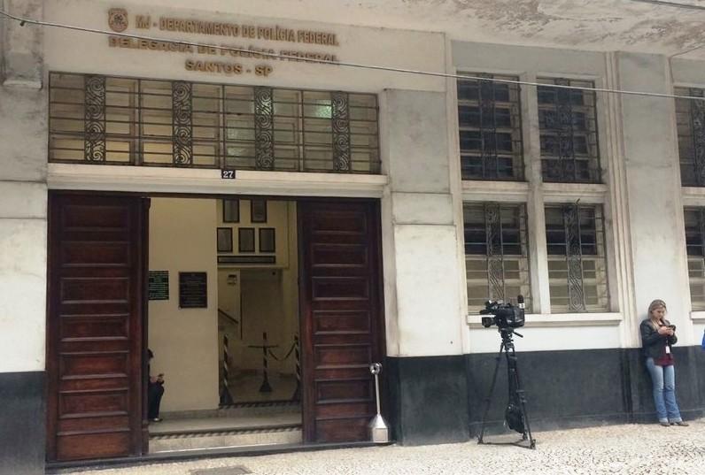 Polícia Federal apreende 290 kg de cocaína em carga de açúcar no Porto de Santos