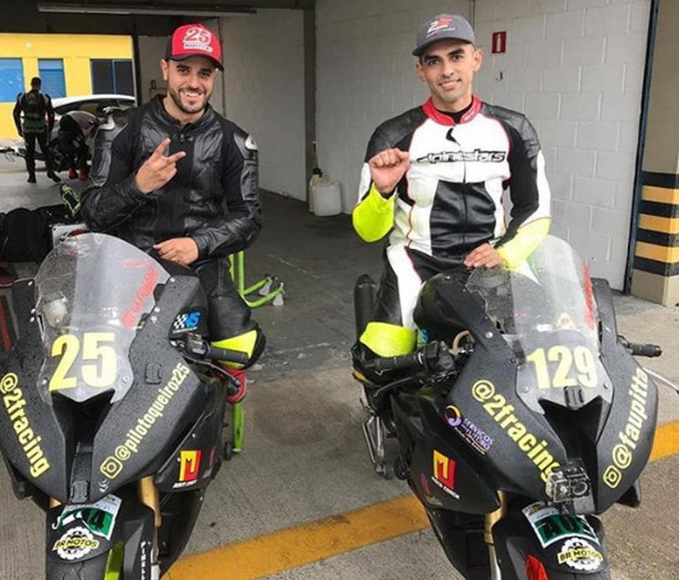 Queiroz (25) e Pitta (129) estão prontos para enfrentar a temporada com muito braaaaaaaap!  — Foto: Arquivo pessoal