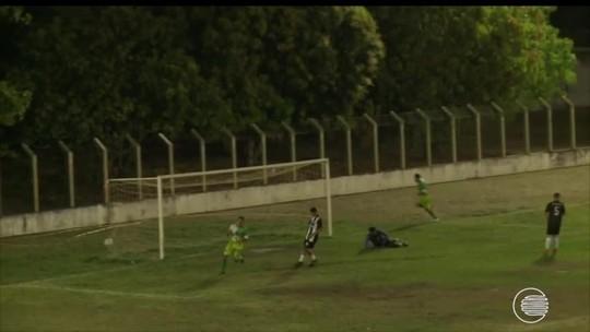 Após 1º amistoso à frente do time, técnico do Cori define esquema tático e ajusta posicionamento