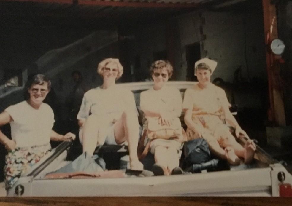 Da esquerda para direita: freiras Monique Fortier, Grâce Leblanc, Marta D' Aoust e Jaqueline Aubry, em Uauá, em1987 — Foto: Arquivo pessoal/Jussara Dantas