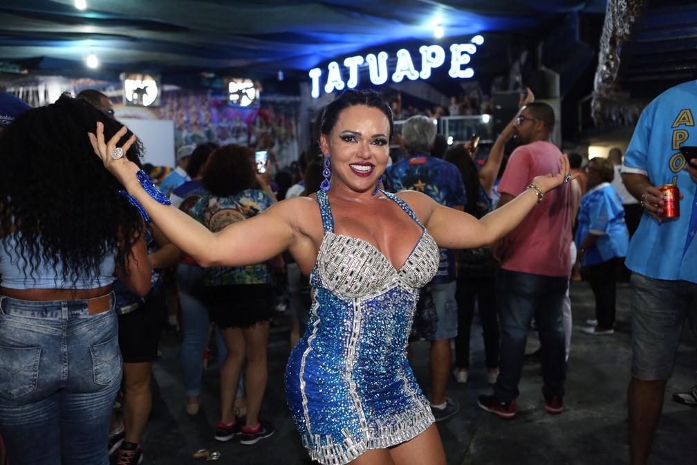 Andréa Capitulino é rainha de bateria da Tatuapé (Foto: Celso Tavares/G1)
