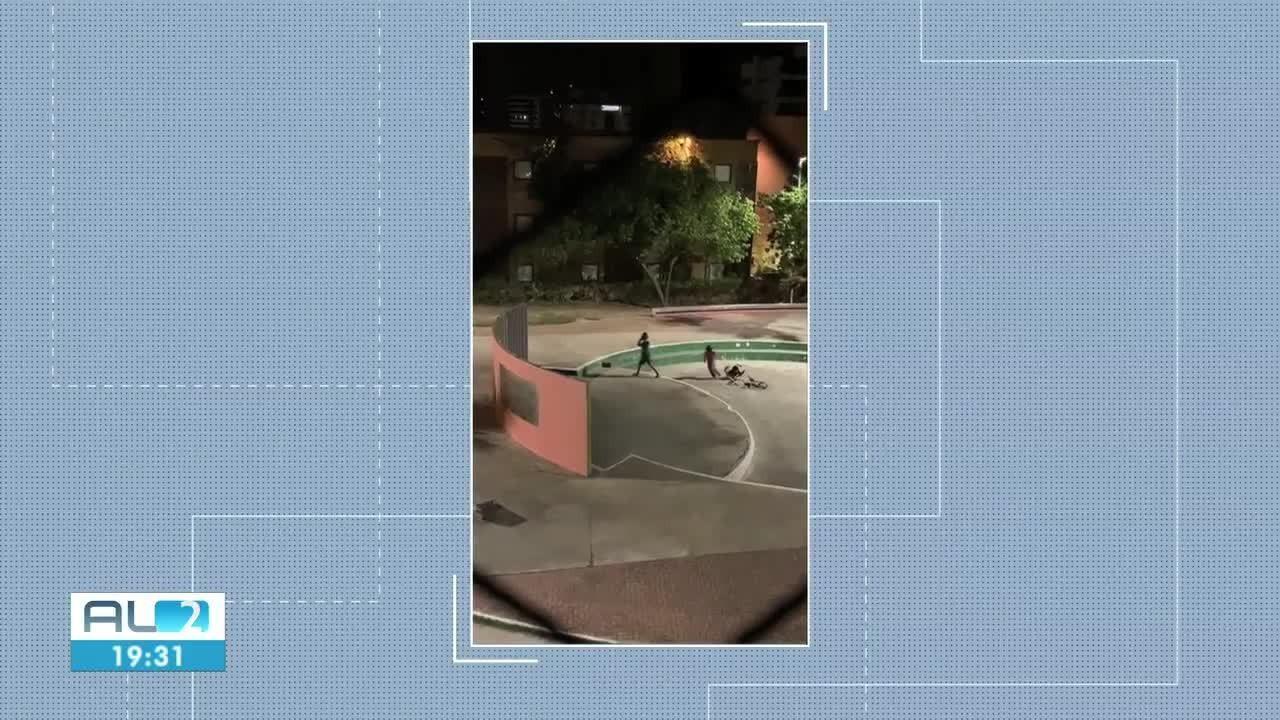Moradores filmam jovem sendo assaltado no Corredor Vera Arruda