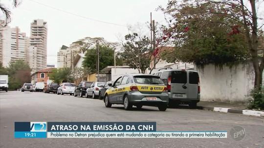 Motoristas de Campinas relatam demora nas emissões de CNHs pelo Detran-SP