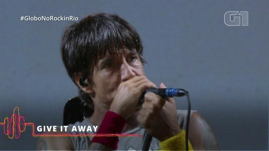 Red Hot Chili Peppers desligam piloto automático e se garantem com clássicos no Rock in Rio