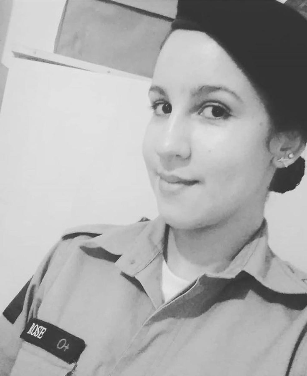 Jaiane Rose foi baleada no peito e nas mãos , durante assalto no interior de Pernambuco (Foto: Reprodução/Instagram)