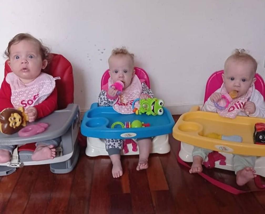 A família passou a comprar mais depois que as trigêmeas de 8 meses, Sofia, Olívia e Lara começaram a introdução alimentar. — Foto: Arquivo pessoal