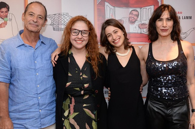 Guel Arraes, Debora Lamm, Luisa Arraes e Virgínia Cavendish (Foto: Léo Marinho)