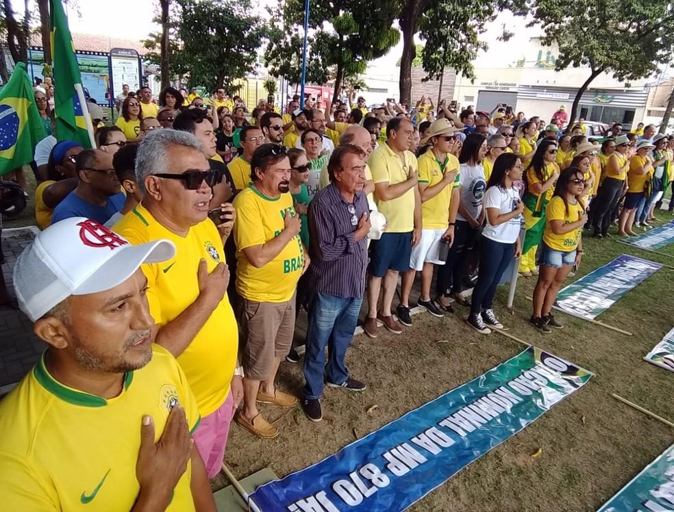 IMPERATRIZ: Manifestantes fazem ato neste domingo (26) em apoio ao governo Bolsonaro na Praça da Cultura — Foto: Redes Sociais
