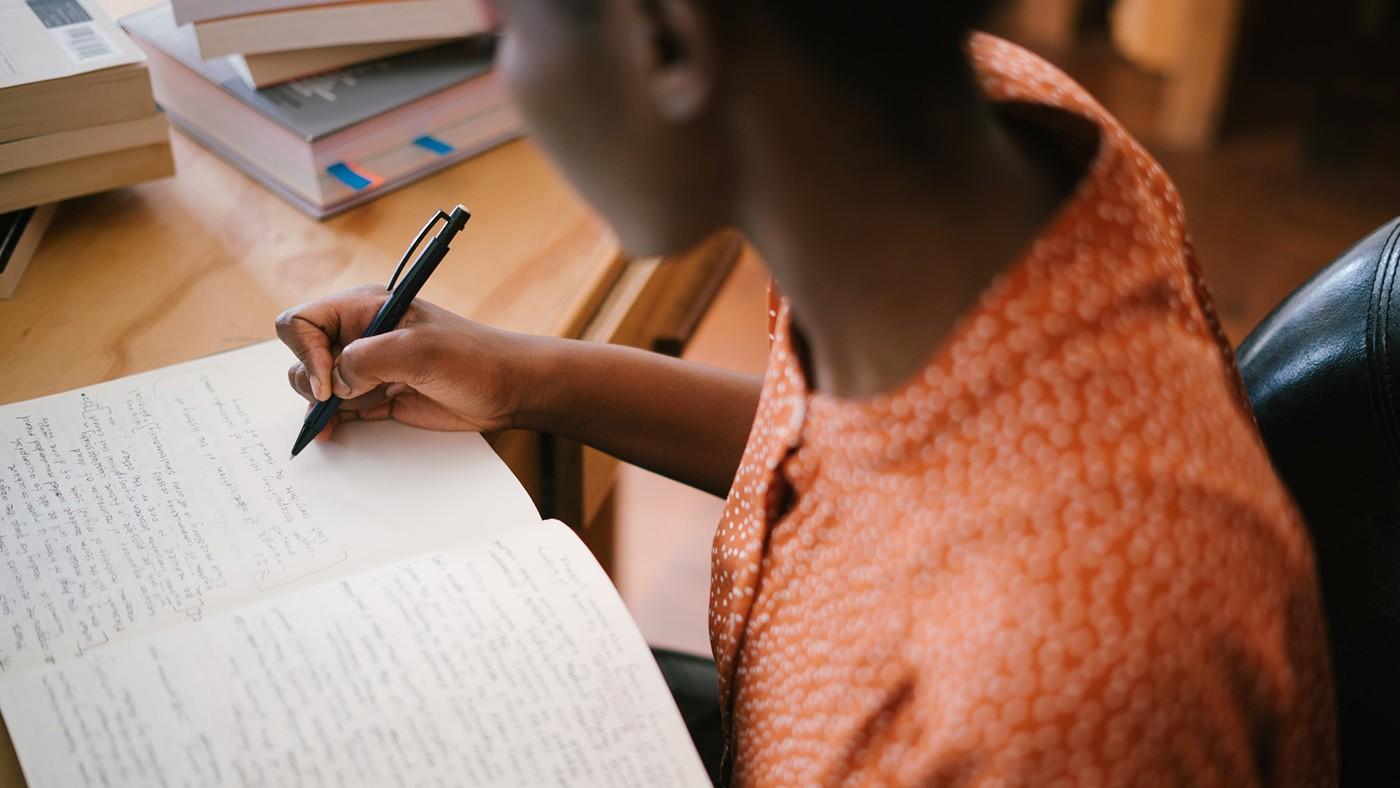 Município de Cedro, PE, oferece curso gratuito de inglês básico