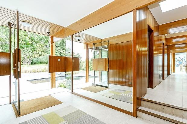 Mansão futurista de arquiteto que inspirou vilão de 007 está à venda (Foto: Divulgação)