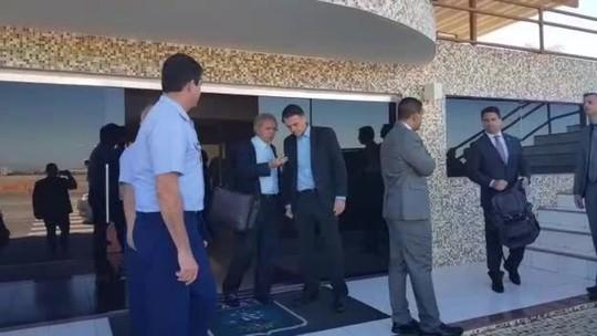 Bolsonaro chega a Brasília para receber do TSE o diploma de presidente