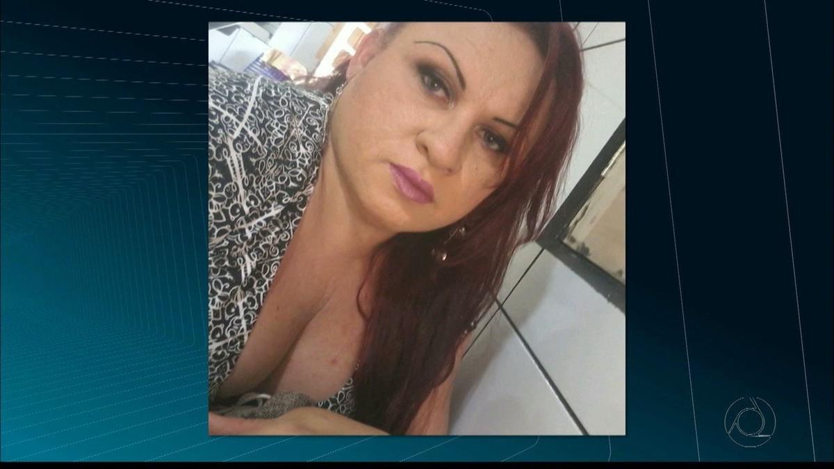 Família de brasileira que morreu em voo para Paris não pode pagar traslado do corpo, diz PF