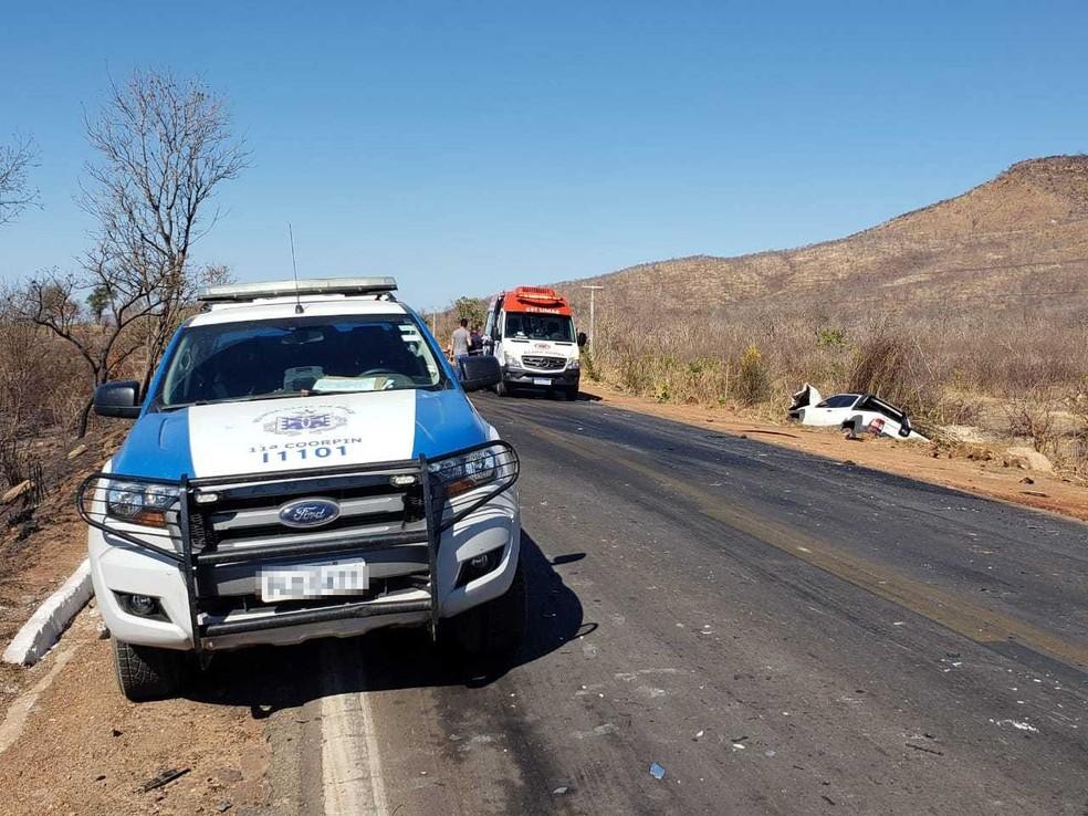 Conforme a PRF, o acidente ocorreu por volta das 8h.  — Foto: Blog do Braga