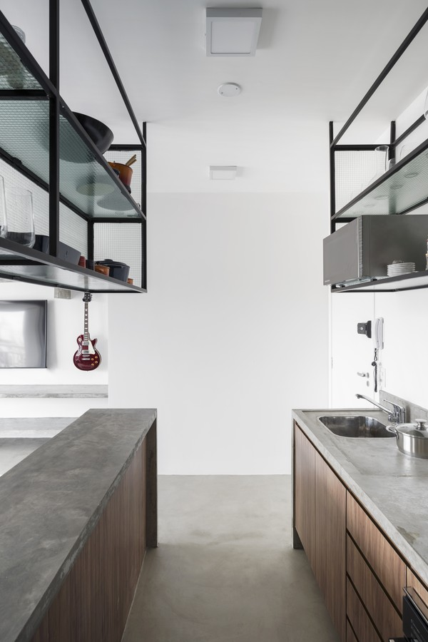 Estética industrial e amplitude em 60 m²  (Foto: CAROLINA LACAZ)