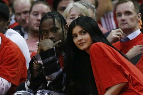 Kylie Jenner com o rapper Travis Scott (Foto: Getty Images)