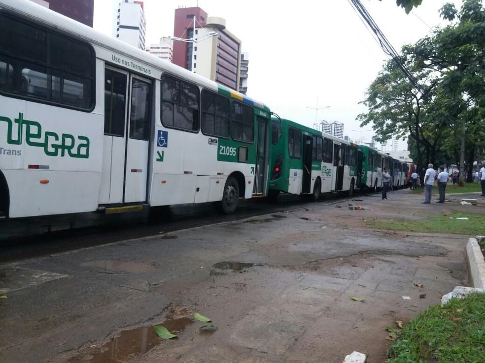 Resultado de imagem para ACM Neto descarta reajustar tarifa de ônibus da capital no início de janeiro