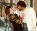 Adriana Esteves e Eduardo Moscovis em cena de 'O cravo e a rosa' | TV Globo
