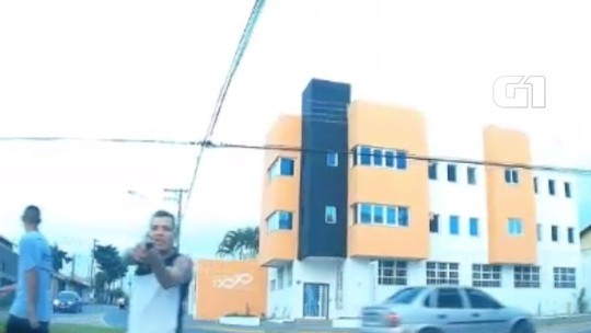 VÍDEO: Criminoso armado surpreende motorista em tentativa de assalto em Jacareí