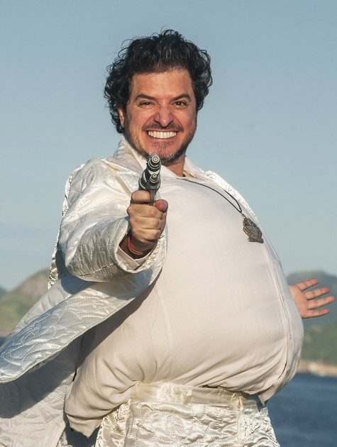 Guilherme Piva caracterizado para a peça 'Rio 2065' (Foto: Dalton Valerio)