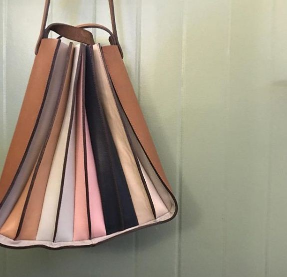 A nova bolsa Origami da Manolita (Foto: Reprodução/Instagram)
