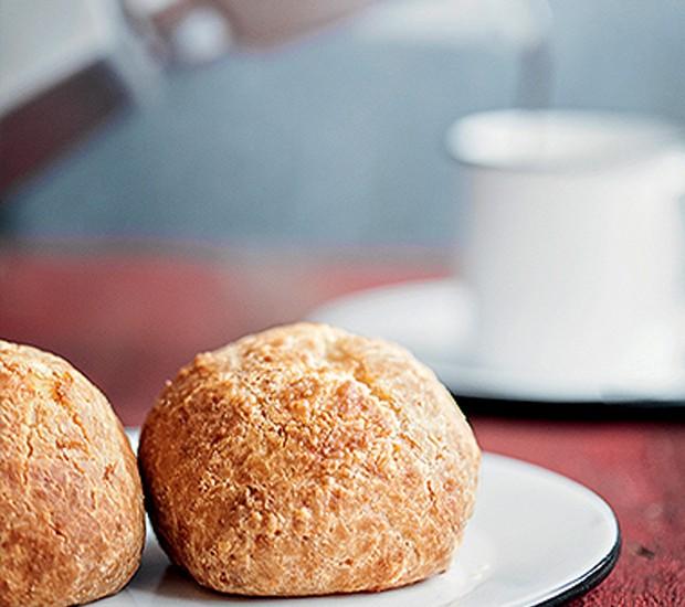 Receita caseira de pão de queijo (Foto: Iara Venanzi/ Editora Globo)