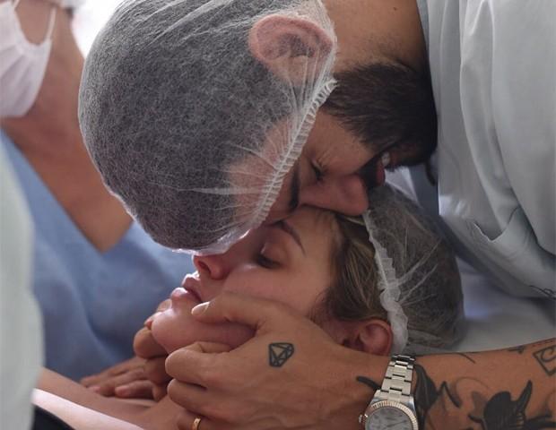 Gusttavo Lima e Andressa Suita (Foto: Karitha/Divulgação)