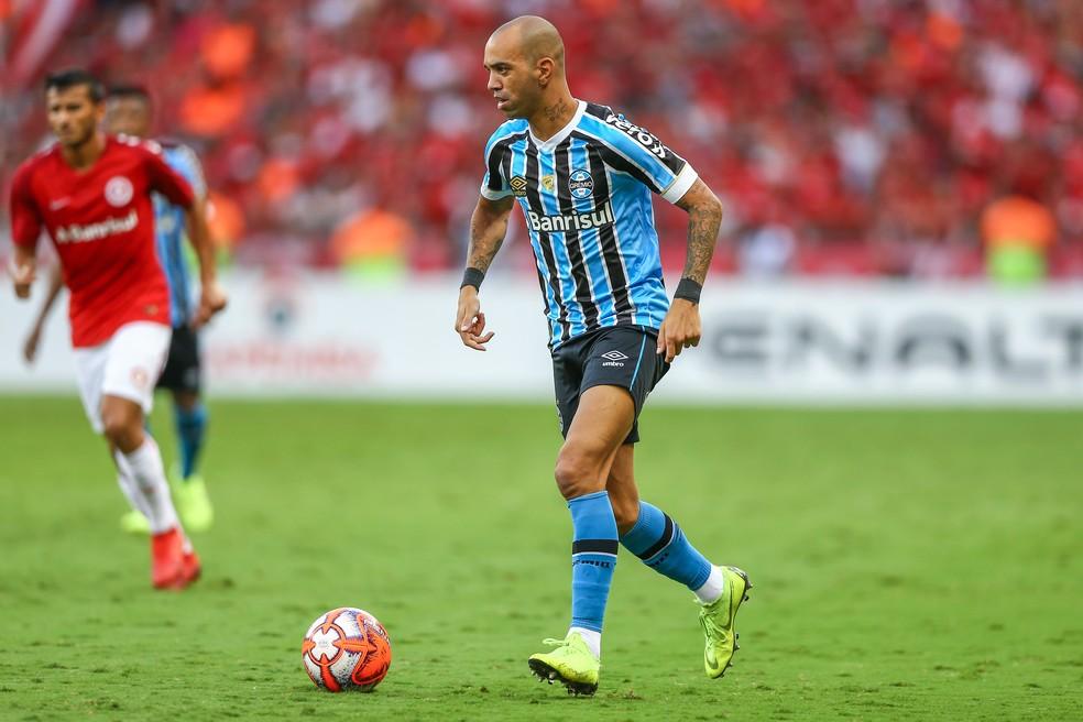 Diego Tardelli é a aposta de Muricy — Foto: Lucas Uebel/Grêmio/Divulgação