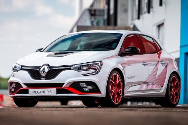 Renault Megane R.S. Trophy-R é a versão mais rápida do hatch (Foto: Divulgação)