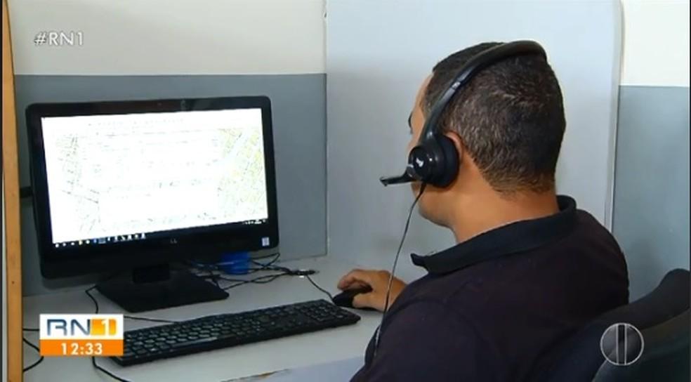 Policial militar deu instruções pelo telefone para ensinar a desengasgar bebê de um mês de idade em Mossoró, RN — Foto: Flávio Soares/Inter TV Costa Branca