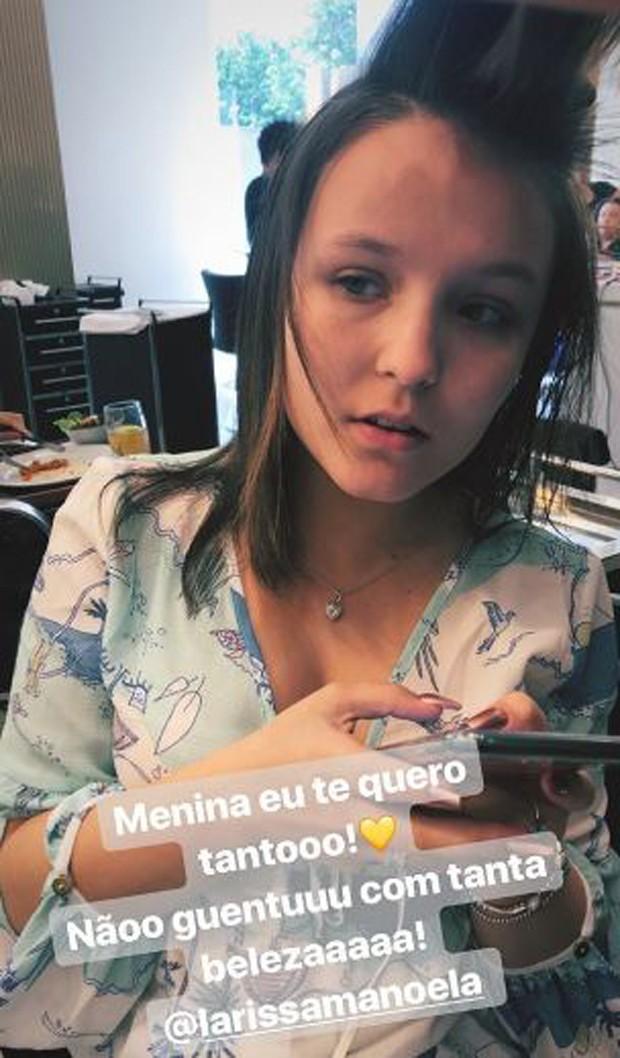 Larissa Manoela cuidando do visual (Foto: Reprodução/Instagram)
