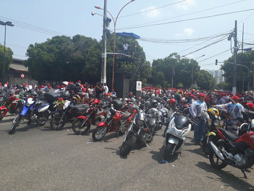 Desconto é válido para proprietários de motocicletas cujo IPVA não foi pago até 30 de novembro de 2017 (Foto: Andrea França/G1)